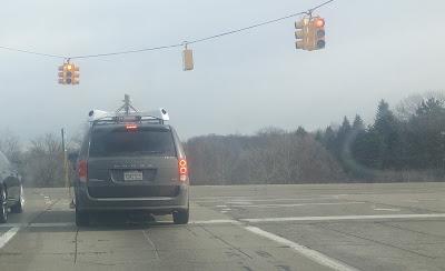 Apple Maps van turning north from I-696 exit ramp, Farmington Hills, MI