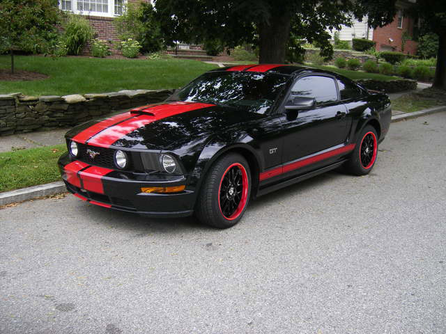 black ford mustang gt