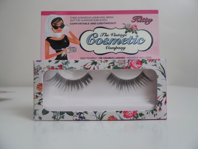 The Vintage Cosmetic Company False Lashes Photo
