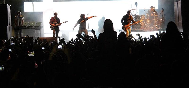 O show da banca católica Rosa de Saron encerrou o Congresso da Juventude 2014 em Teresópolis