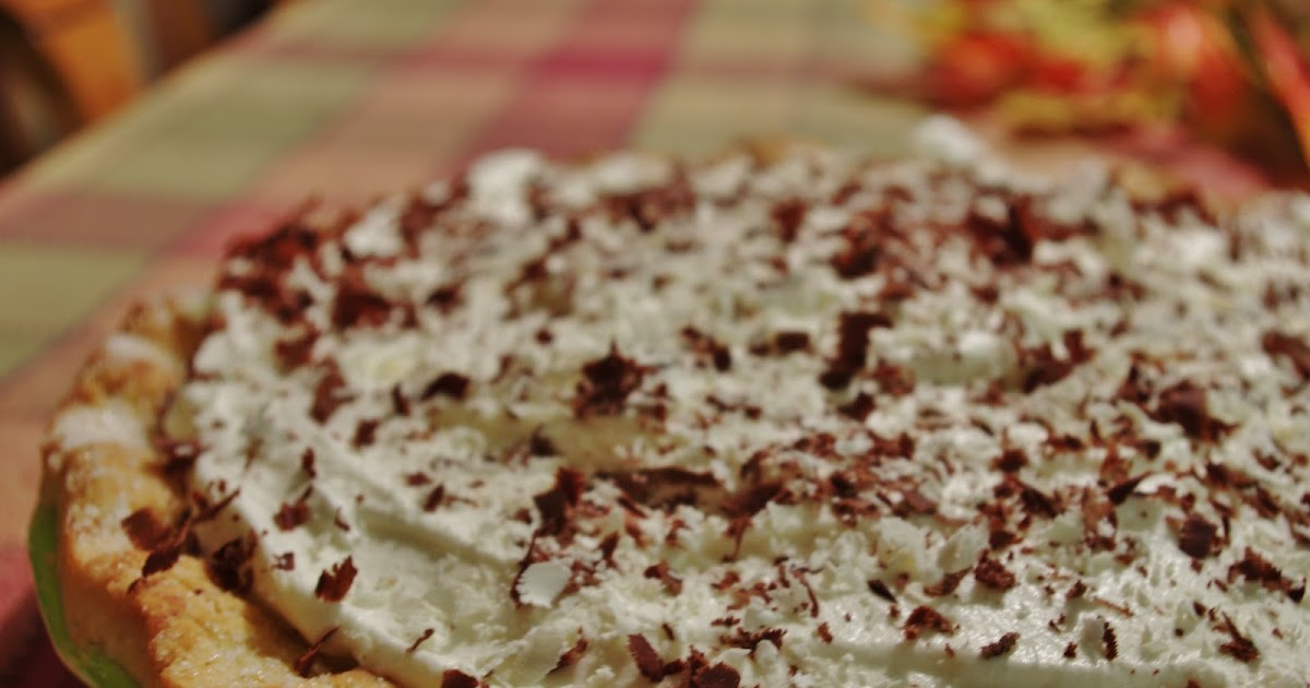 Exploring the Kitchen: White Chocolate Banana Cream Pie