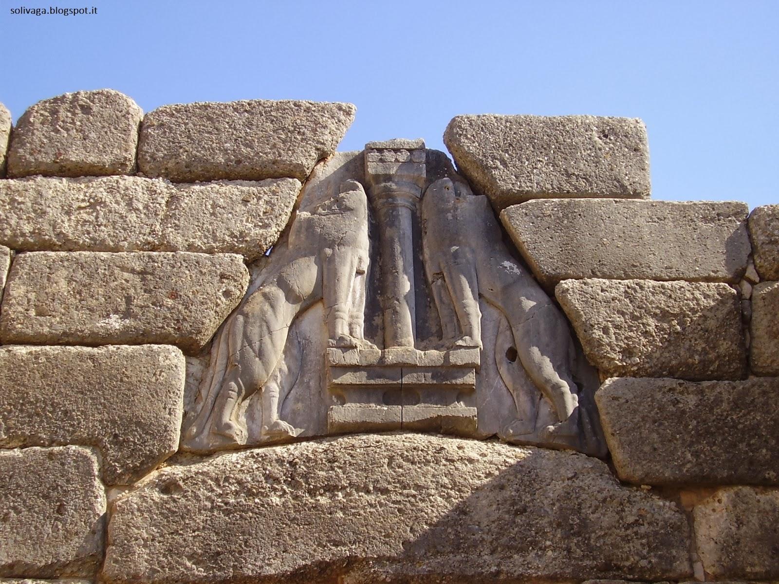 Animula solivaga in grecia micene - La porta dei leoni a micene ...