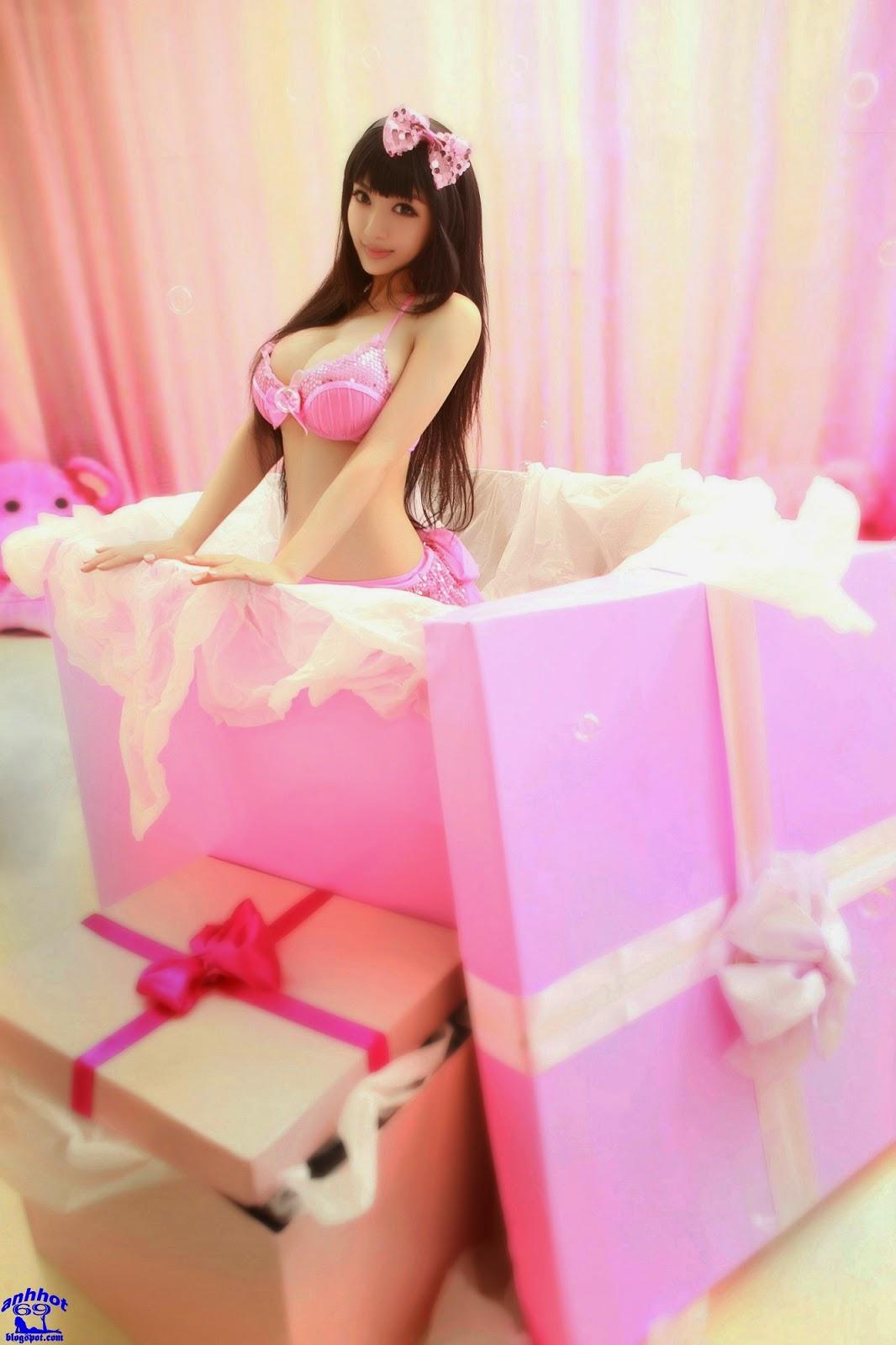 Zhang Wan You_18320337