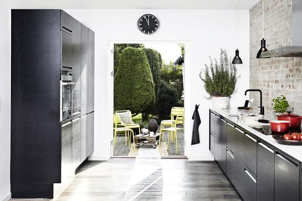 Rom for deg: et moderne og koselig kjøkken i sort