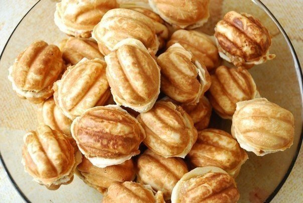 Пироженые орешки