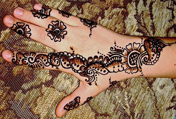 Bridal mehndi designs new latest mehndi designs images for The latest wallpaper designs