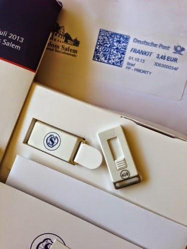 Échantillon gratuit une clé USB et des brochures de Salem