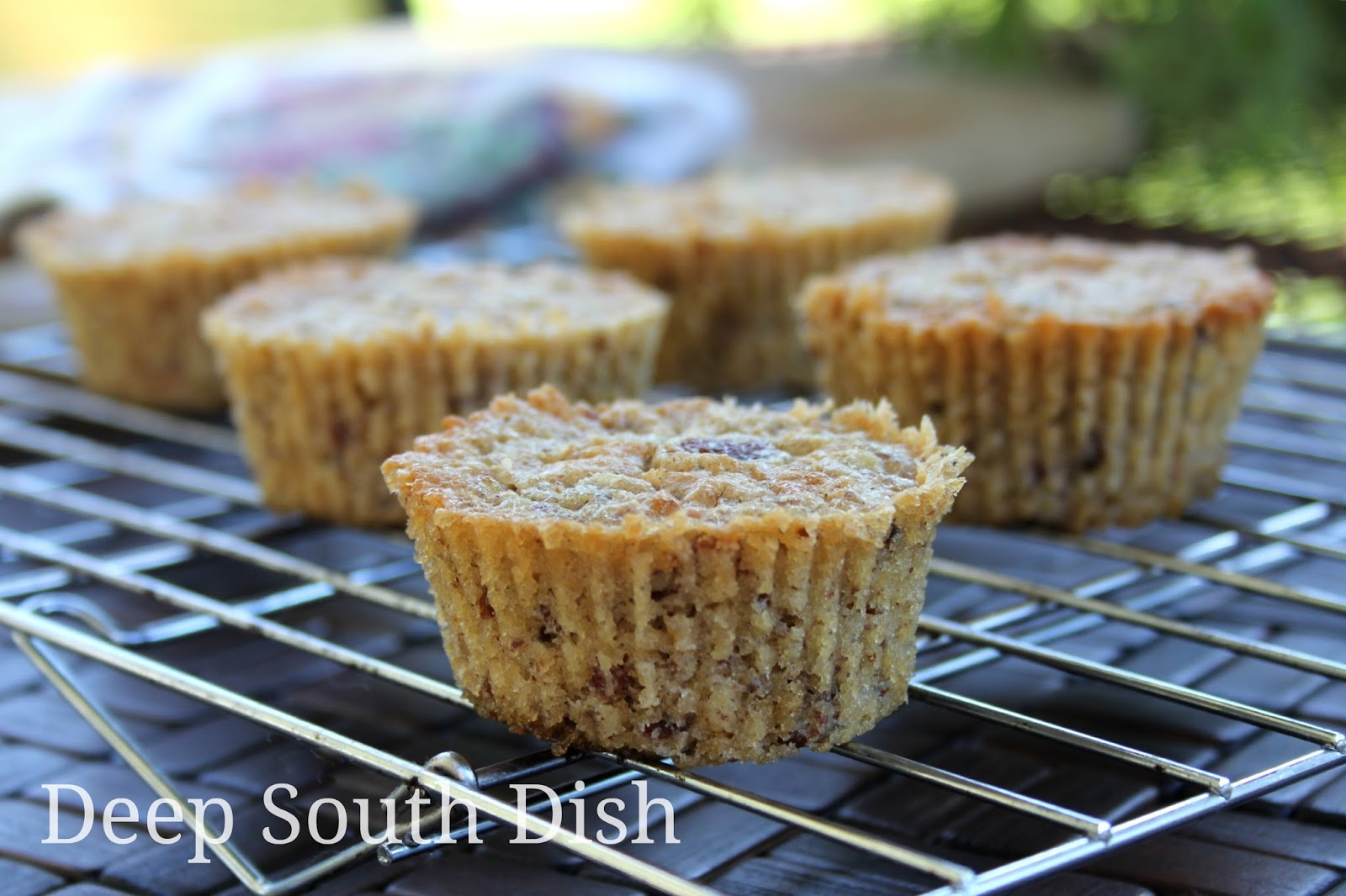 Classic Southern Pecan Pie Muffins - 5 simple ingredients and tastes ...