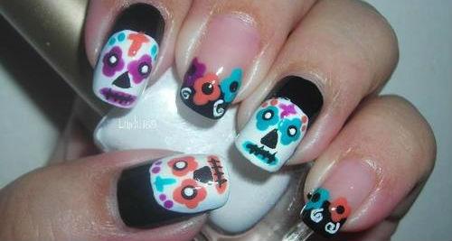 diseños para uñas Dia de Muertos