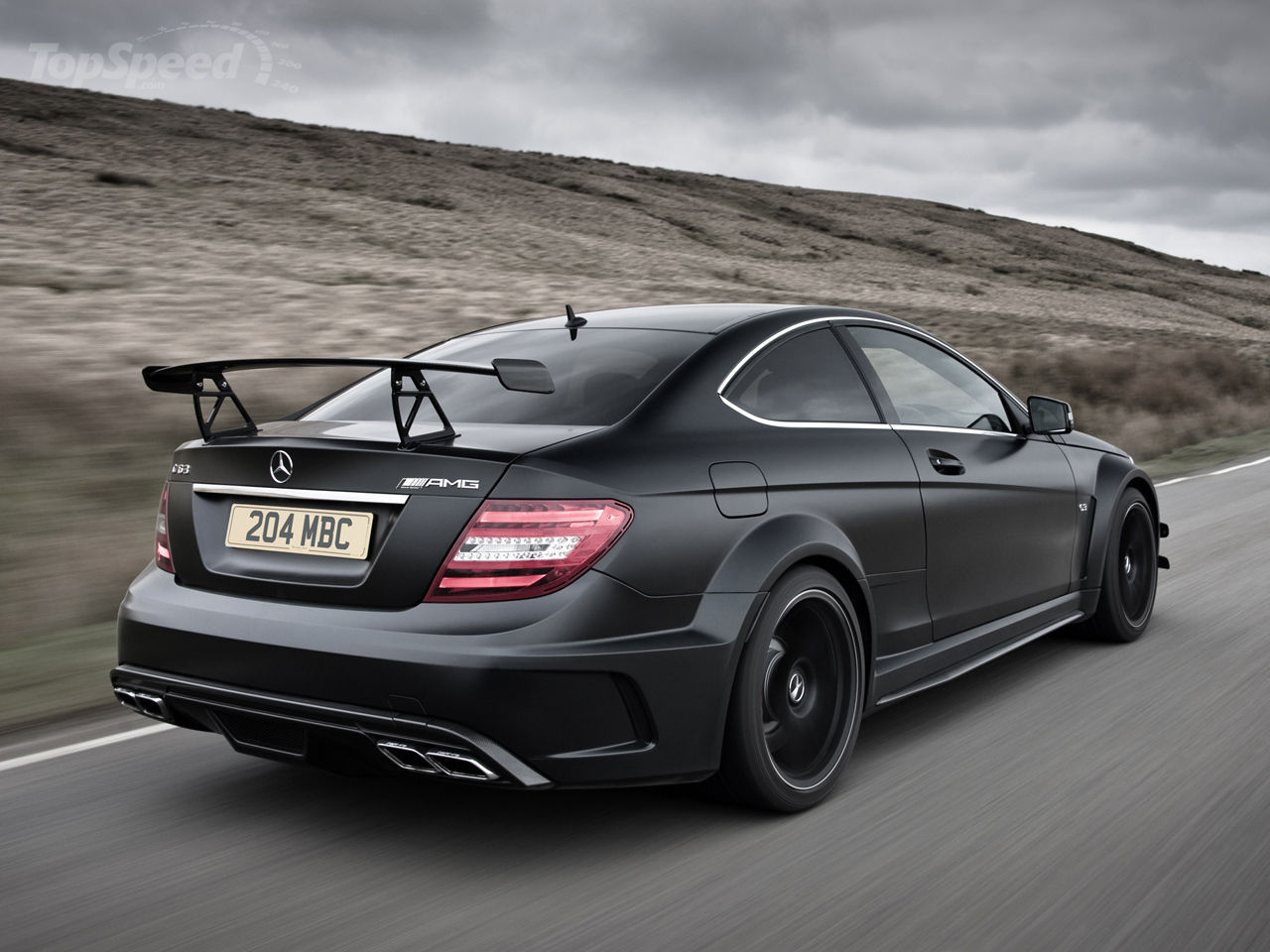 do you like speed 2013 mercedes c63 amg black series coupe. Black Bedroom Furniture Sets. Home Design Ideas