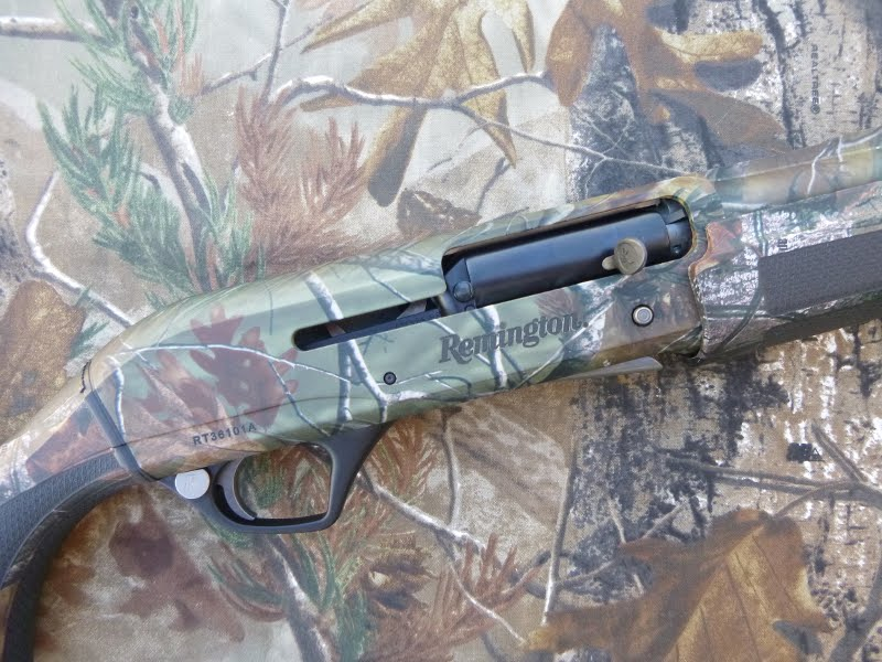 Remington Versa Max Realtree HD AP Camo 12 gauge autoloading shotgun.