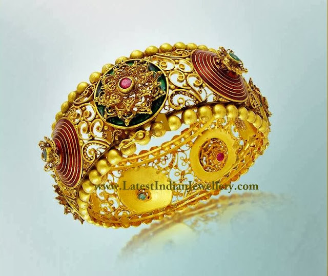 Artistic Gold Bangle