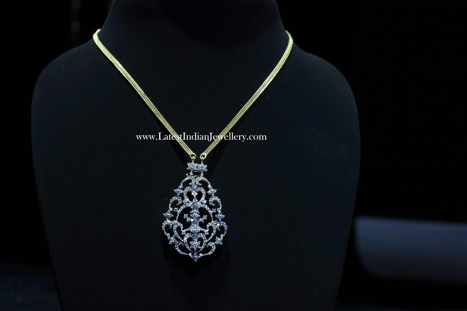 Diamond Pendant cum Necklace
