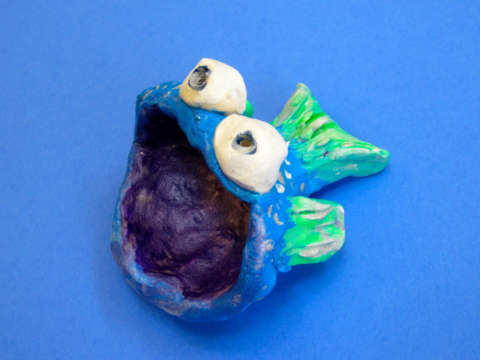 Crazy clay fish for Clay pot fish