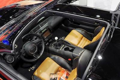 2016 Pontiac Trans AM Interior