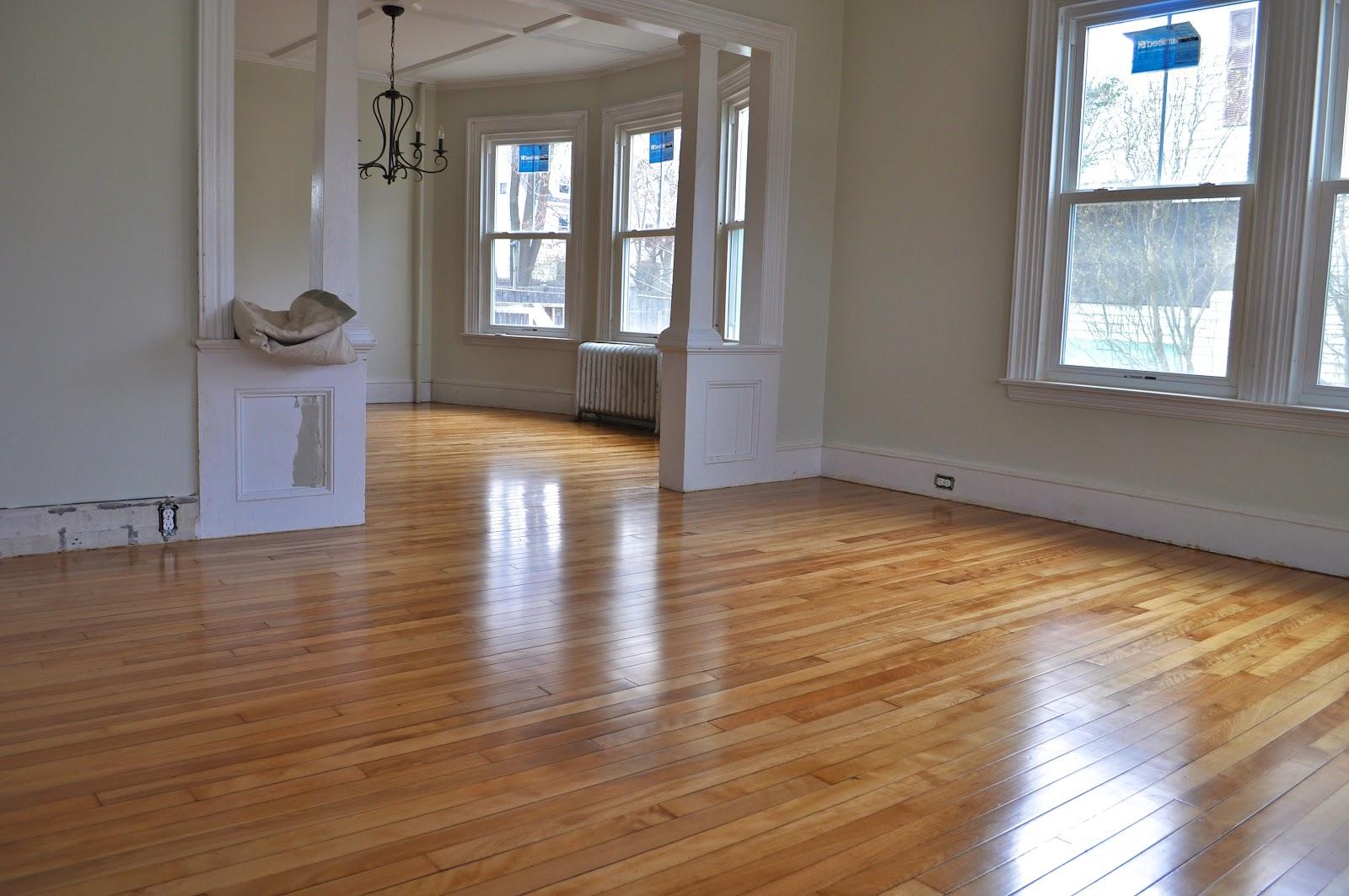 Sopo cottage from shabby to shiny floor refinishing for Hardwood floors not shiny
