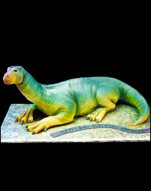 03-dinosaur-cake-Mikes-Amazing-Cakes