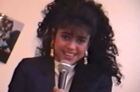 Shakira singing her heart out aged 13 in newly-unearthed music ...