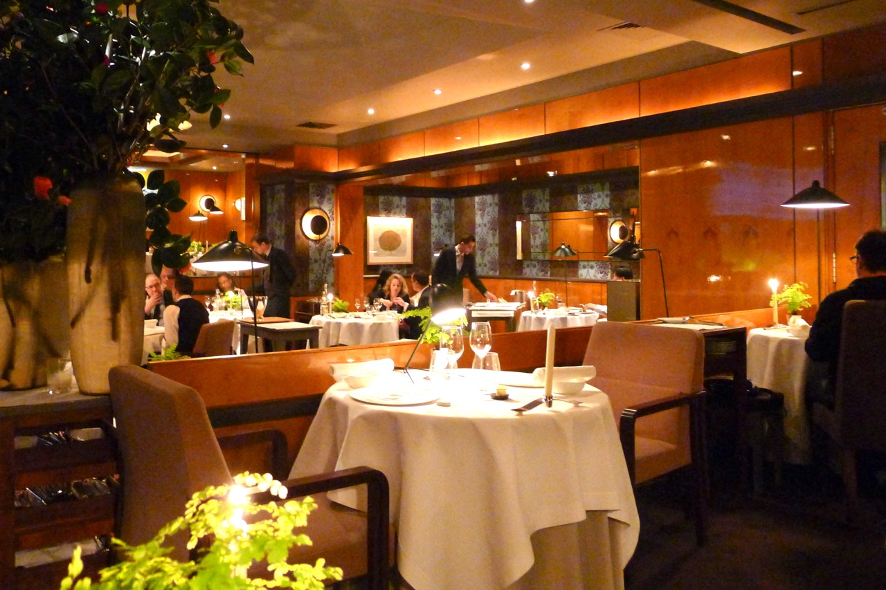 Hungry hoss pierre gagnaire paris for Paris restaurant