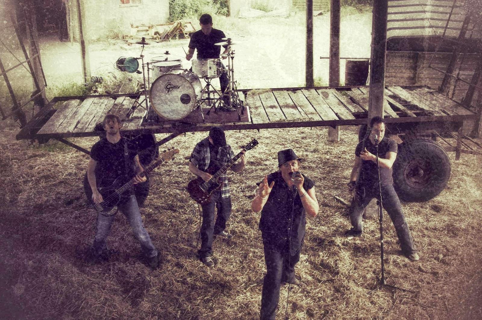 MusicMafia presents Minerva Falls and their new single C.L.M
