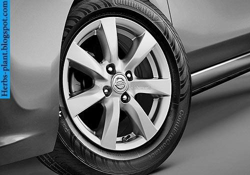 Nissan sunny car 2013 tyres/wheels - صور اطارات سيارة نيسان صنى 2013