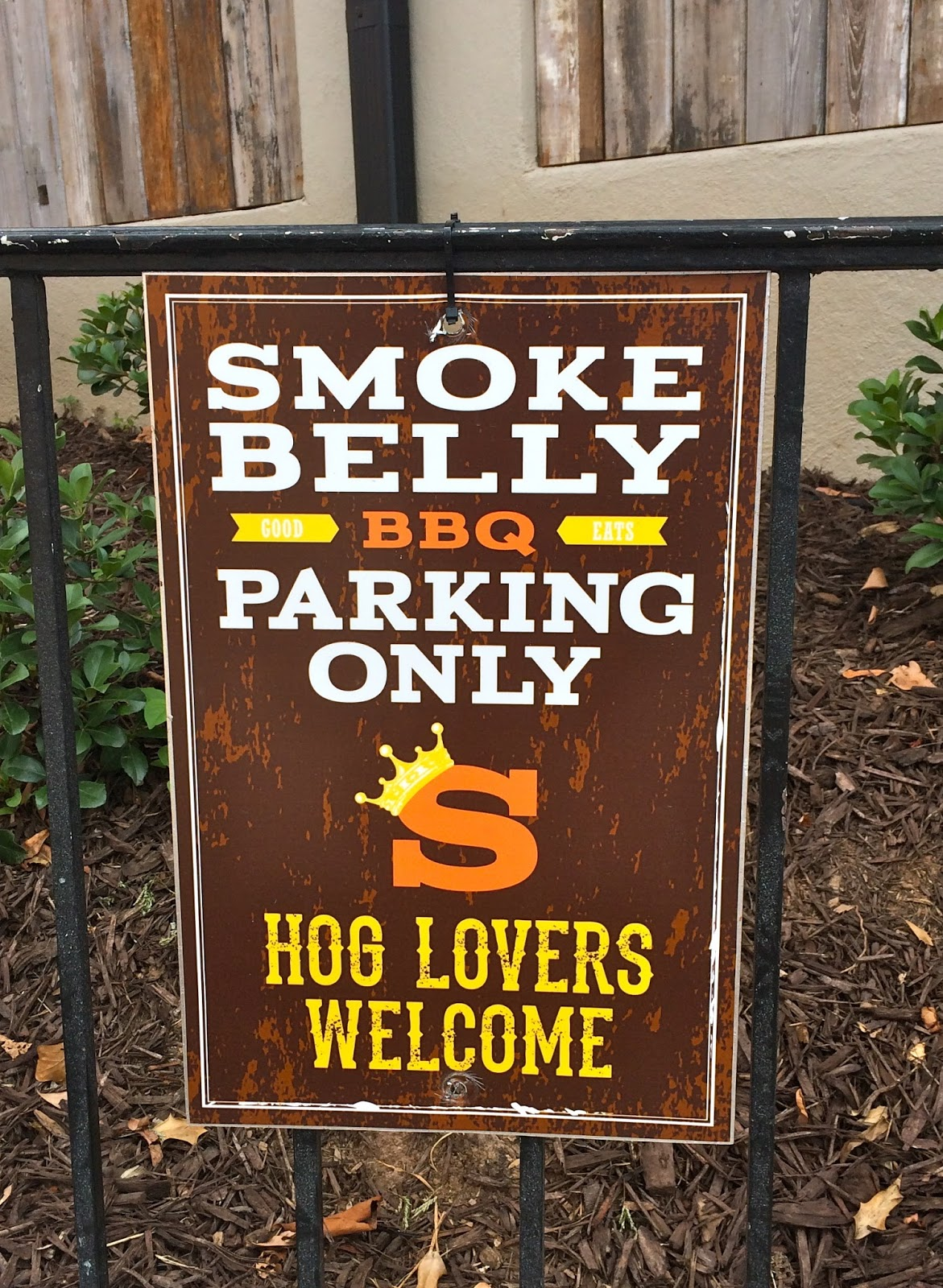Calling all hog lovers!! Atlanta's Smokebelly BBQ has some great family-friendly offerings!