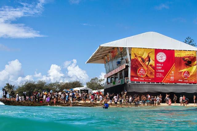 16 Quiksilver Pro Gold Coast 2015 Tower Foto WSL Kelly Cestari