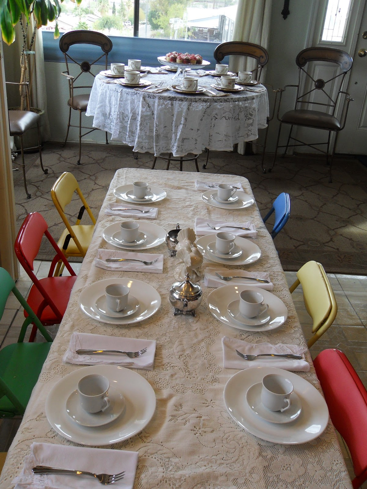 Kids tea party table - Oh The Looks On The Kids Faces When They Saw The Table Set For Them No Disposable Plates Or Kid Friendly Dishes But Real China Cloth Napkins Tiny Seafood