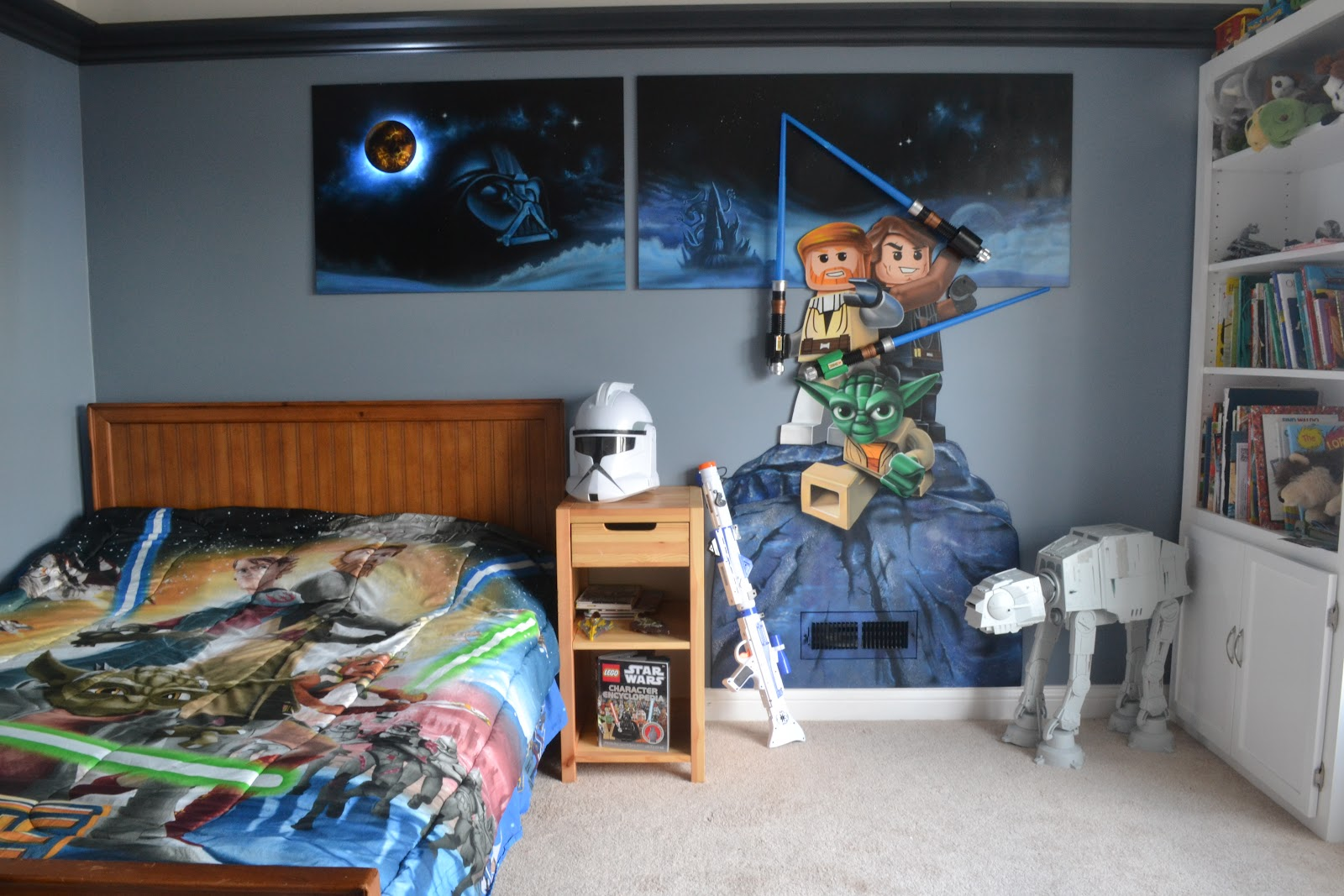 Sanity with five kids lego star wars mural for Mural star wars