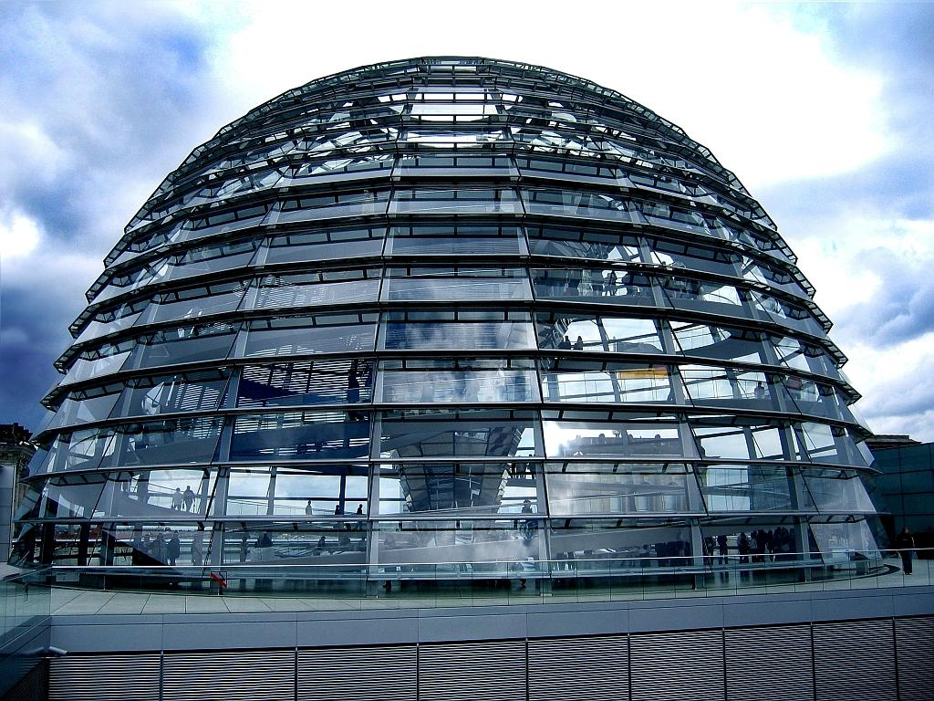 Reichstag – A Place Where History Meets Contemporary ...