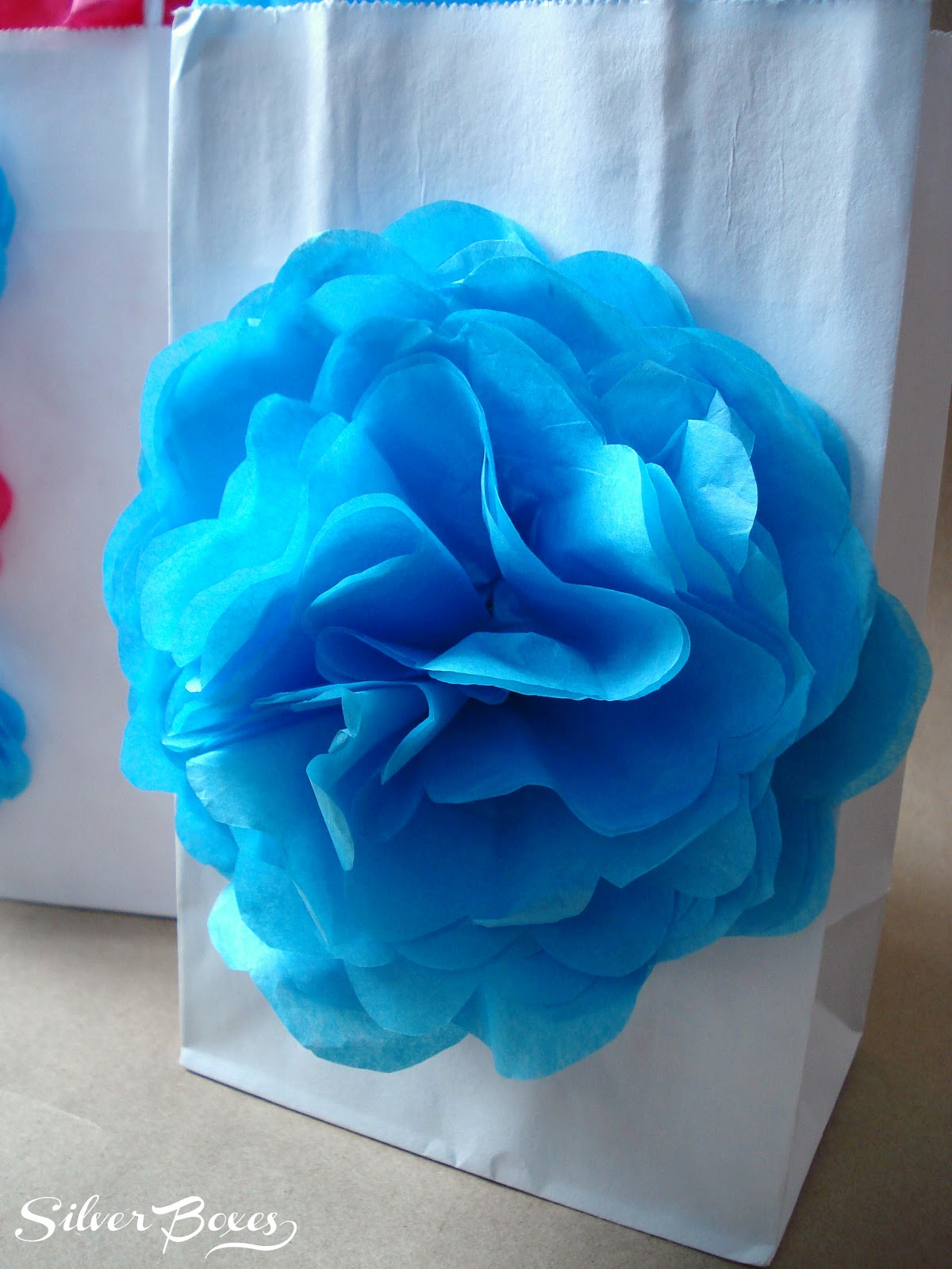 how to make tissue paper flowers small