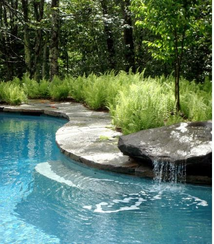 Il giardino delle naiadi cascate e ruscelli for Laghetti nei giardini