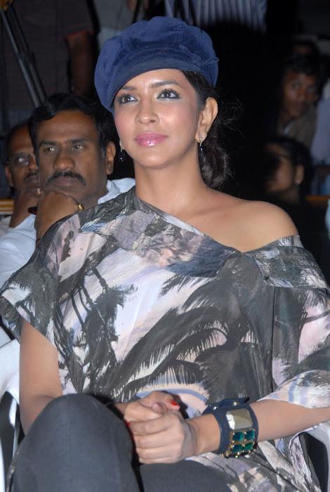 lakshmi manchu at ekaveera platinum disc event cute stills
