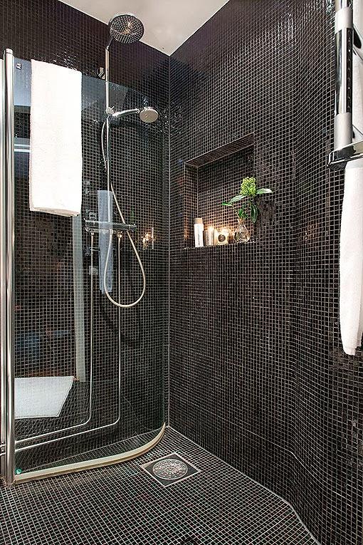 Baños Duchas Gresite:Marzua: Baño de gresite negro