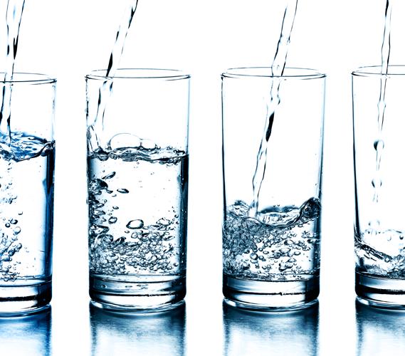 Larangan Minum Air Putih Berlebihan Bagi Lansia Untuk Kesehatan