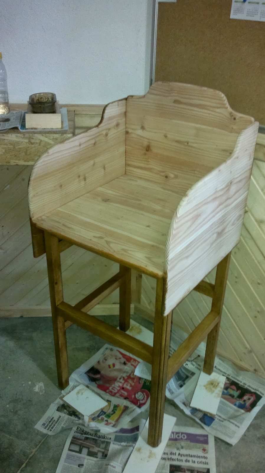 Bricolaje y carpinter a de madera curso instalacion de for Muebles para aulas