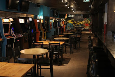 The 1Up classic arcade bar