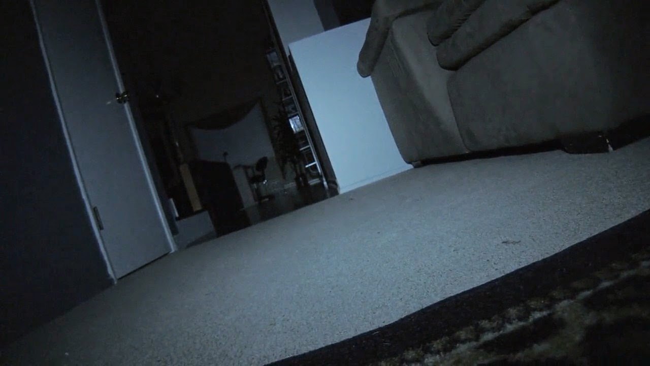 Paranormal Activity: The Marked Ones (2014) S4 s Paranormal Activity: The Marked Ones (2014)