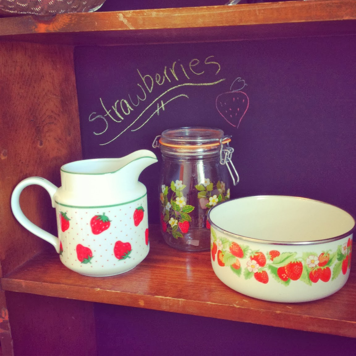 vintage strawberry items