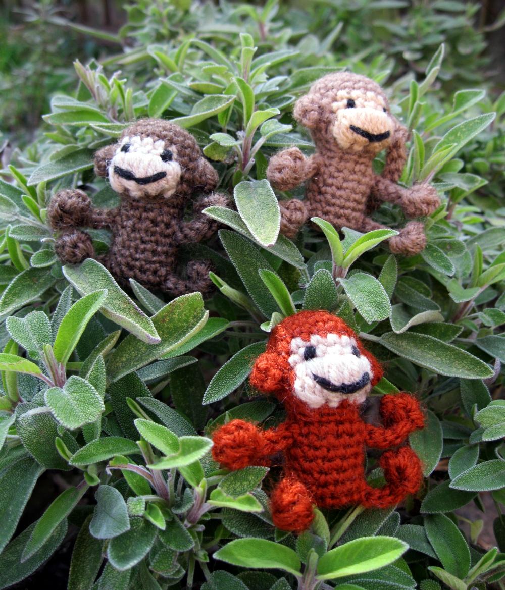 Free Crochet Patterns Mini Amigurumi : LucyRavenscar - Crochet Creatures: Mini Monkeys - Free ...