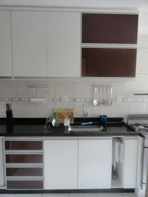 Casa da Luluzinha Nossa cozinha # Bancada Cozinha Retratil