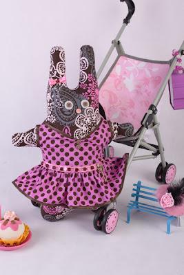 Заяц - мягкая игрушка из обрезков ткани