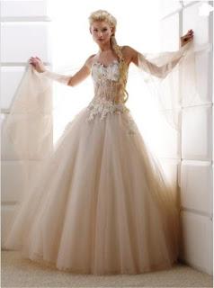 imagens de Vestidos Medievais