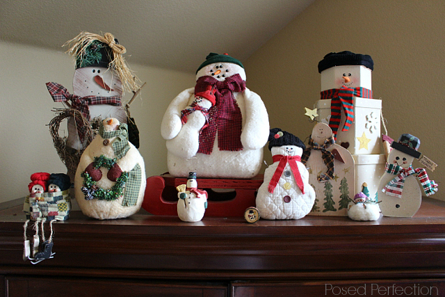 Decking the Halls Holiday Home Tour - Living room snowmen