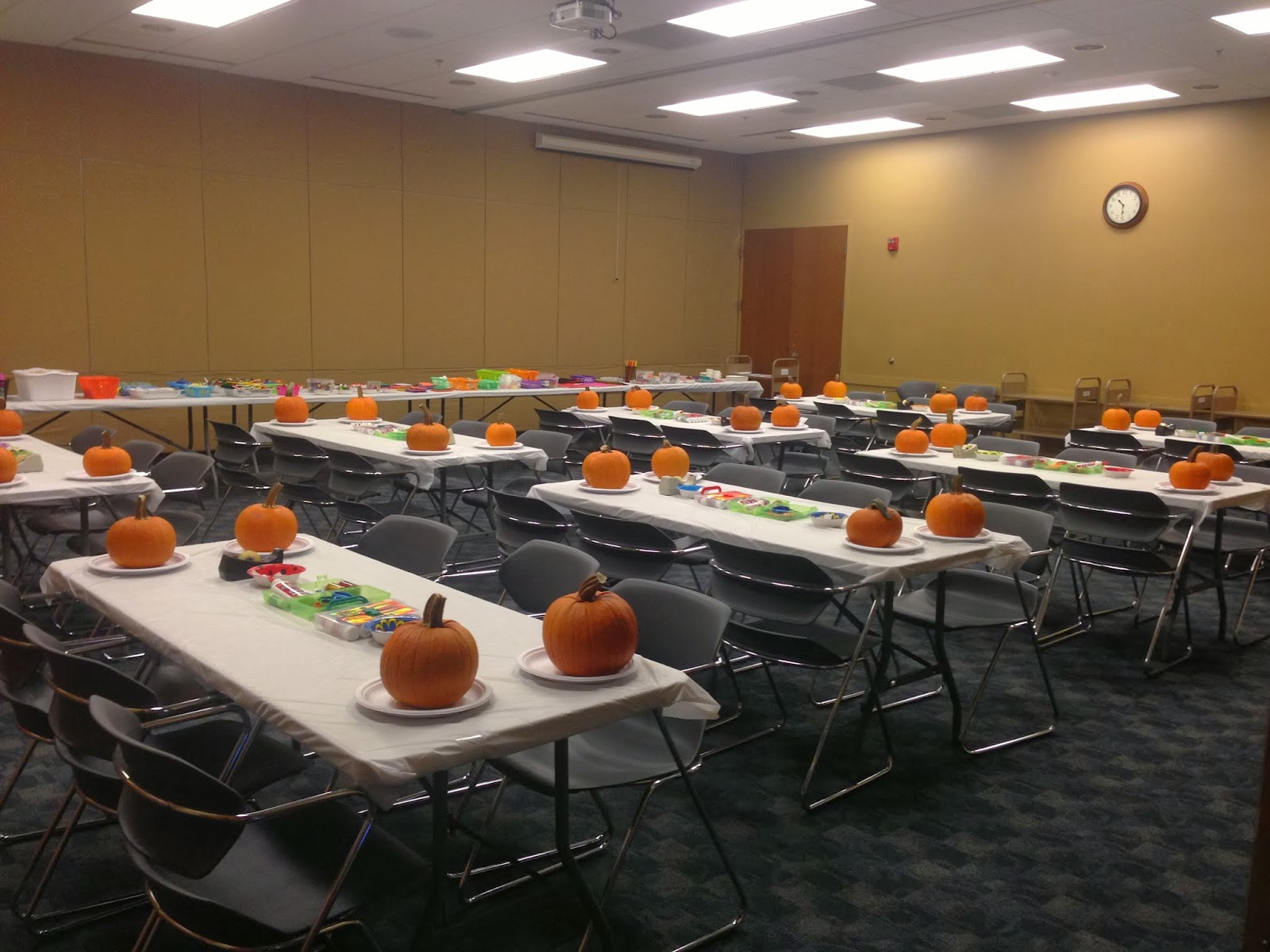 & Pumpkin Decorating Program