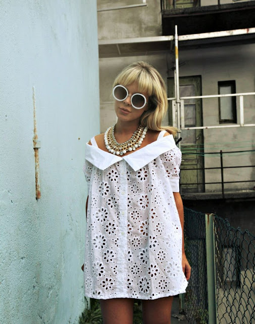 Ulrikke Lund famous blogger scandinavia norway white lace dress sunglasses