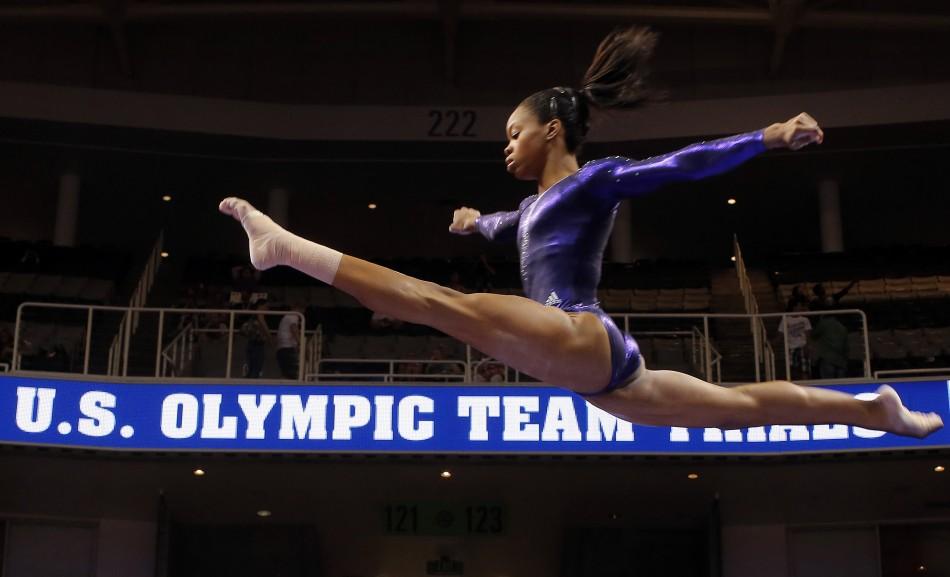 http://3.bp.blogspot.com/-MP5IrG1vwKA/UAN4f8WH-BI/AAAAAAAABSo/FhZB9ytnrT8/s1600/Gabby%2Bdouglas%2Bgymnastics.jpg