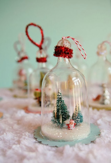http://diyhomedecor.co/20-creative-diy-christmas-ornament-ideas/