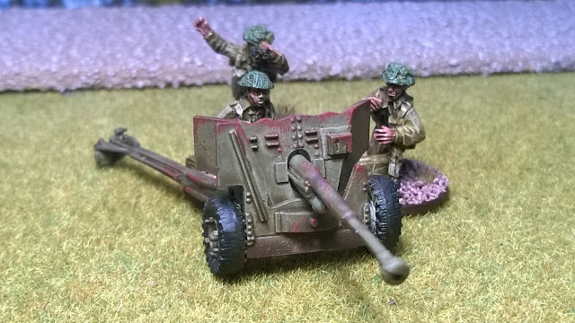canadian bolt action 6 pounder at anti-tank