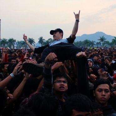 Remaja Pecinta Musik Heavy Metal Lebih Mudah Mengalami Depresi [ www.BlogApaAja.com ]